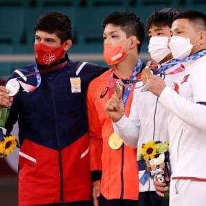 """韓国紙「福島県知事が """"韓国のメダリストには花束を与えないようにしよう"""" と主張」"""