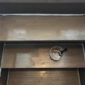 室内階段 ペンキ塗装