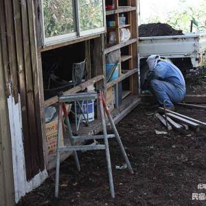 14またまた裏に増築 | 廃材で作る物置小屋