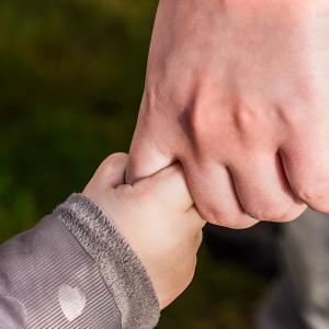 【過去のトラウマ】インナーチャイルドを癒す方法【解放】