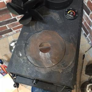 薪ストーブ 天板の汚れ・錆び ストーブポリッシュ