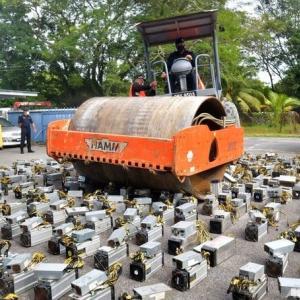 〇マレーシアで暗号通貨採掘マシンをぶっ潰す 大電力と放熱は環境問題だ