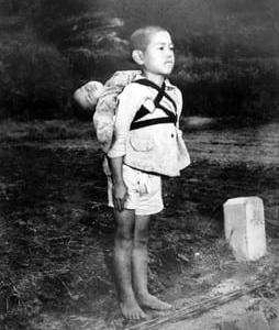 『焼き場に立つ少年』写真展を見た