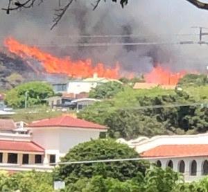 ハワイも山火事🔥