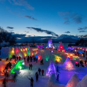 【支笏湖氷濤まつり】透明度の高い湖で開催される氷のイベント!見どころ紹介