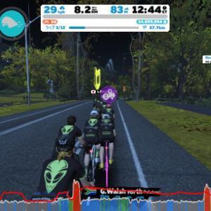 Zwift DE RACE 27m09s, 279W(NP 288W)