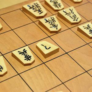「香車」「桂馬」「角行」など…意外と知らない将棋の駒の由来