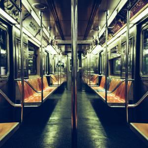ニューヨーク深夜の地下鉄。。|やばいヤツ多い。