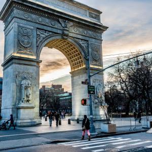 ニューヨークワシントンスクエア公園雨の日に行ってみたら。。|安心のホールフーズマーケットテイクアウト