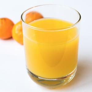 【頭痛】オレンジジュースが体に良すぎてすごい。