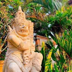 バリ島でトリ・ヒタ・カラナを探す旅