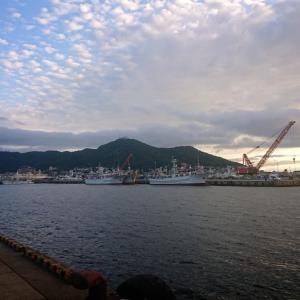 今年初の函館港沖防波堤へ渡船❪アトミックスライダー投❫