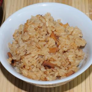 イカの乾物を使った炊き込みご飯