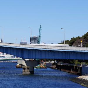 京浜運河に架かる橋