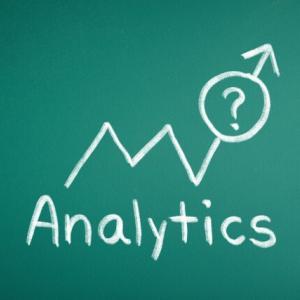 ファンダメンタルズ分析とテクニカル分析の違い【株の分析方法の実例も紹介】