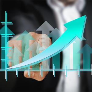 予想PERと実績PERの成績を比較【予測と実績どちらの投資指標を使うべきか】
