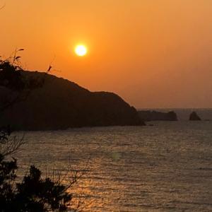海に沈む夕日♡