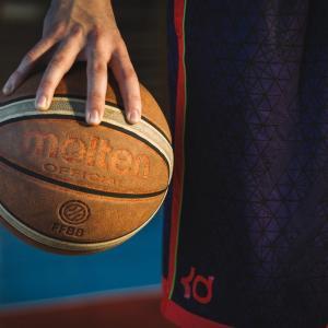 バスケットボールの種類 選び方