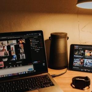 Zoom会議をWhatsAppなど他のユーザーと一緒にする方法