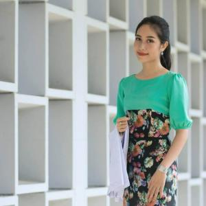 ヤンゴン医科大学の才媛たち
