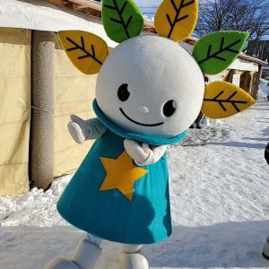 厚別区マスコットのピカットくんに遭遇!新さっぽろ冬祭り2020に潜入!