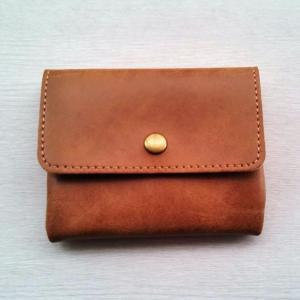 現金派節約系ミニマリストの小さな財布とその中身