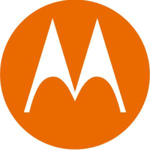 Motorolaが初のポップアップカメラを採用したと思われる、未確認のスマホのレンダリング画像がリークされる