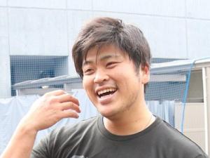 中日・福敬登投手、イケメンゴリラTシャツを着る
