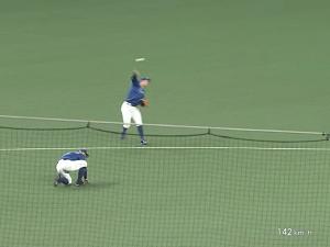 中日・京田陽太が見せたスーパープレー!三遊間の深い位置から見事アウトに! 前中日コーチ・奈良原浩さん「12球団レギュラーショートは12人いるが三遊間のライン奥から1塁をアウトにできるのは多くない。一握りだ。京田はその1人になりかけてる」