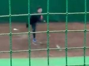 中日ドラフト2位・森博人投手が初ブルペン投球! 小笠原孝コーチ「ボールの力強さを感じました」 三輪敬司ブルペン捕手「いいときの田島のようでした」【動画】