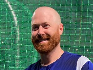 中日新助っ人・ガーバー、初めて頭を丸める…理由は「ナゴヤ球場が暑すぎるから」