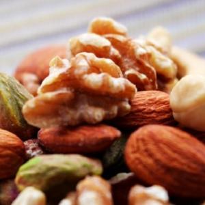 便秘解消やダイエットに「ナッツ類」が効果的/適量や食べ方
