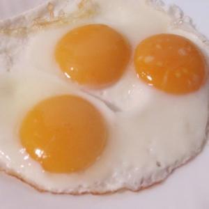ダイエットでタンパク質を卵で摂る&濃い目玉焼き作り【裏技】