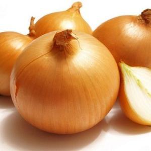 玉ねぎダイエットで痩せるやり方は毎日1/4個を食べる&レシピ3選
