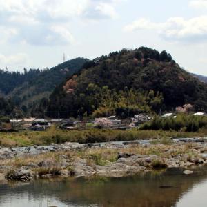 播磨の城跡「聖山城跡」