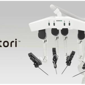 国産手術支援ロボット「ヒノトリ」年内発売