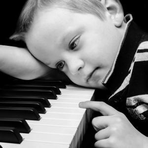 「子供が集中して練習しない!」とお悩みの方。集中できない理由は・・・?