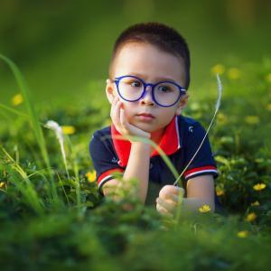 目の発達は8歳がピーク!異常を感じていなくても1度は眼科を受診した方がいい理由とは。