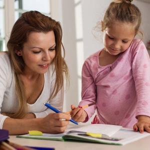 【単身赴任×専業主婦】の家庭は子どもの学力が最も高い!なぜ賢い子が育つのか。