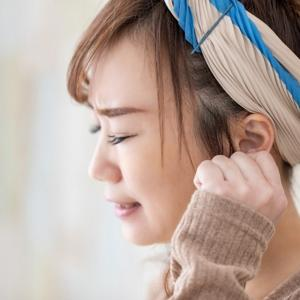 つらい更年期障害は女性ホルモンの減少が理由!症状と原因・対策は?