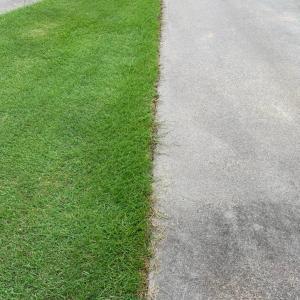 芝生をきれいに見せるエッジ処理