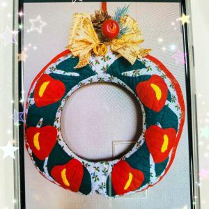 ハワイアンなクリスマスリースが素敵に完成です!