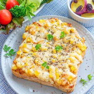 コク旨♡ツナマヨコーンのチーズトースト☆