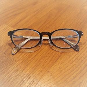 ポールスミスのメガネ、掛け心地がいいhandmade in Japan