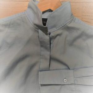 長袖シャツとブラウスは全部で5枚