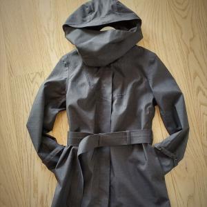 日本の素材とノルウェーのデザイン、Norwegian Rainのおしゃれレインコート