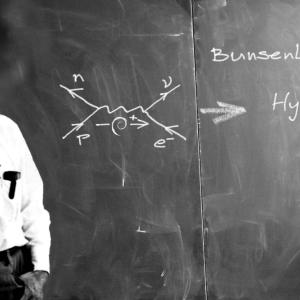 上手な反論の仕方を偉大な天才から学ぶ | アインシュタインやファインマンのテクニック