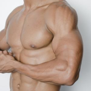 腕や手首が細い男は気持ち悪い?前腕・上腕を太くする筋トレ動画と成長記録を紹介!