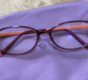 新しい老眼鏡が出来ました