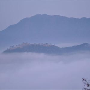 竹田城跡で雲海が見られる確率は?良く見える時期や天気予報、アクセスについても。